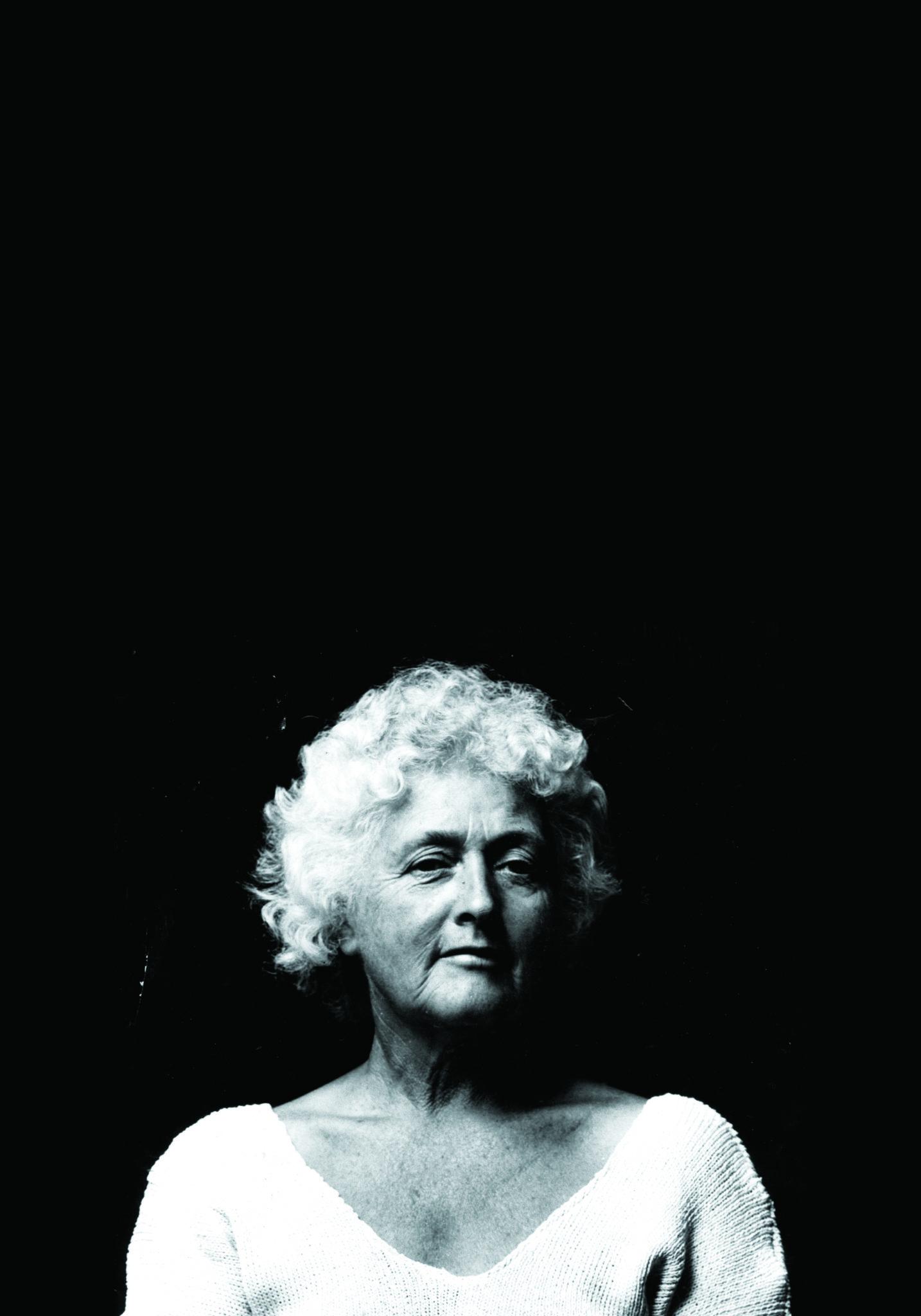 Portrait Betty Burstall